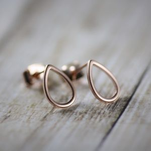 Jewelry - Rose Gold Teardrop Stud Earrings